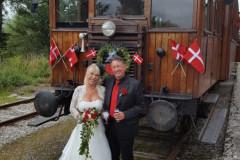 3.-Bryllupstog-paa-Handest-station