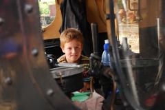 4.-Foererrummet-paa-et-damplokomotiv-foto-Carsten-Limdby