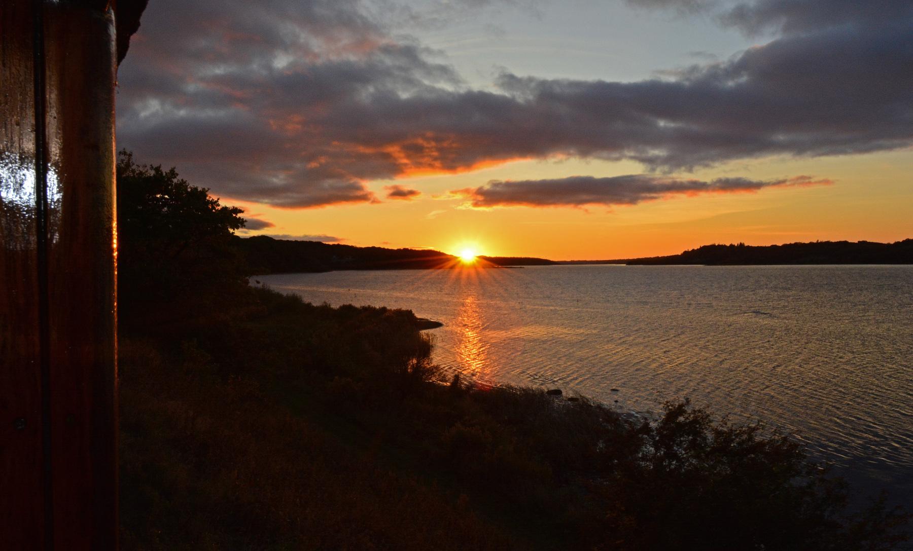 Saa-smuk-kan-Mariager-Fjord-tage-sig-ud-fra-en-aaben-endeperron.-Foto-Asger-Christiansen
